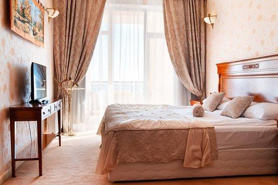 """Сюит """"Валенсия"""". Основная спальня."""