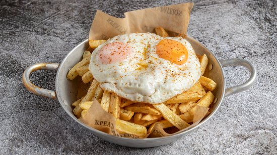 Mama's Fries (fresh french fries with fried eggs).
