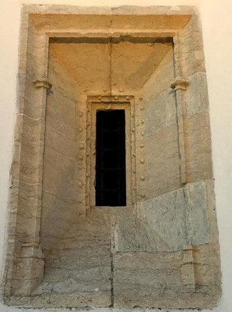 Fine stone work