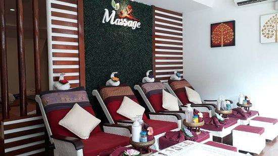 Massage Station