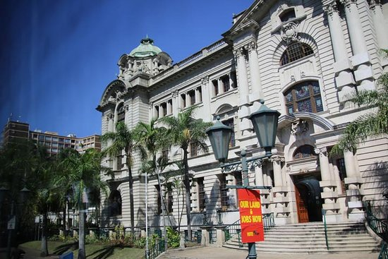 Durban City Hall: Side of city hall