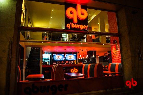 Restaurante de hamburgesas Gourmet. Con menu 100% Halal y productos para Veganos.