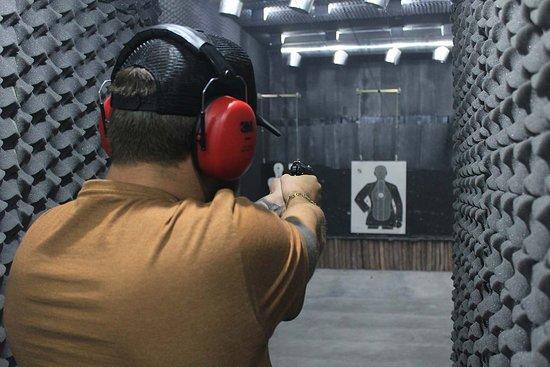 Clube de Tiro 300: Pacote de Tiro - Pistola