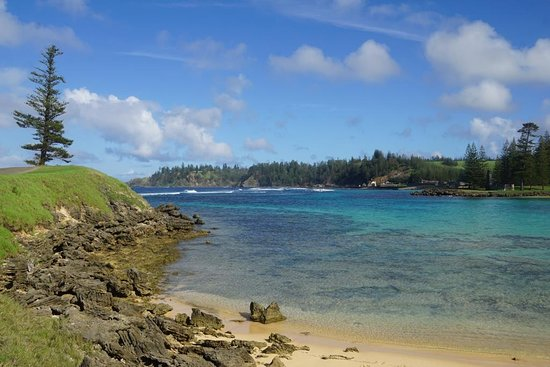 Emily Bay: Great place to swim and snorkel