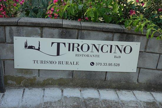 insegna Tironcino