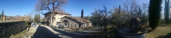 Radda in Chianti, Italien: Relais S. Cristina, vista dal giardino