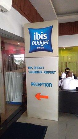 Ibis Budget Surabaya Airport Photo