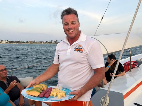 Octopus Sailing Charters: Octopus Aruba - Champagne Brunch - Afternoon Sailing - Sunset Cruise - Private Sailing - Boat Rental - Aqua Donut Boat - Water Sport Activities