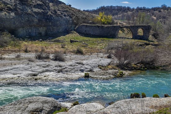 Grevena, Greece: Ruins of Pasha old stone bridge (Built 1690 A.D.)