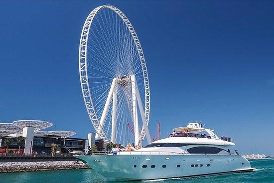 Dubai Yacht Yacht Tour di lusso con