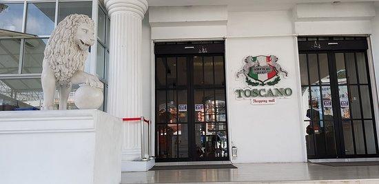 Toscano Shopping Mall