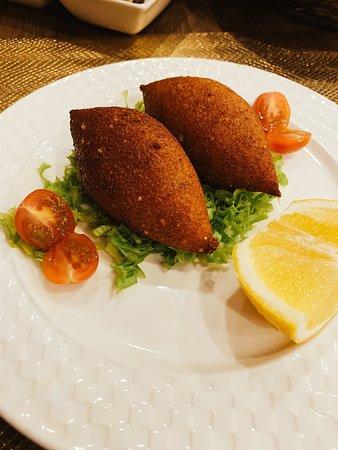 Royal house restaurant: Eksili Kebbah