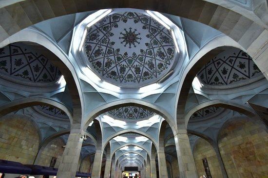 Metro Taschkent: ホームの一つ