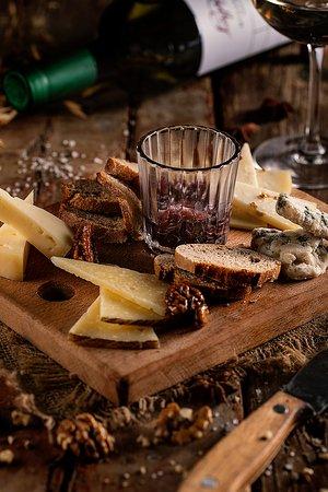 ყველის დაფა/Cheese Board