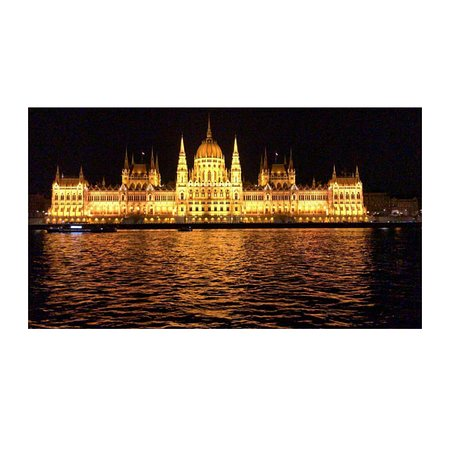 Armadio A Ponte Outlet.Budapest Holidays Harmony Updated 2019 Lodging Reviews Price