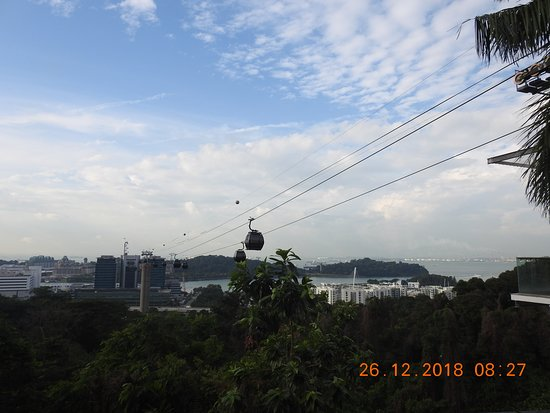 Cable Car to Sentosa island from Mount Faber