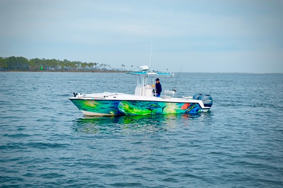 28' Contender for Federal fishing trips into Gulf of Mexico
