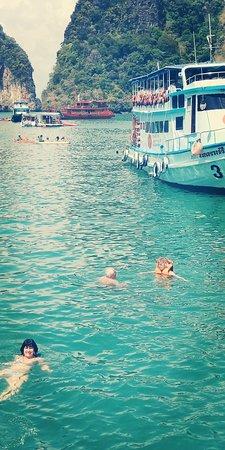 Sea Angel Cruise: Happy day. james bond islands