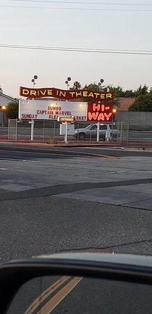 Santa Maria, Kalifornia: Hi-way Drive-In Theater