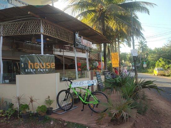 Arambol, India: Cycle display of joyofcycling