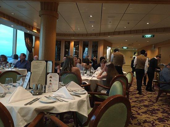 Brilliance of the Seas: main dining room