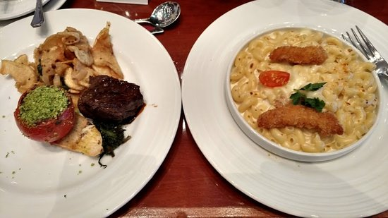 Carnival Conquest: Sea Day Brunch - fillet mignon and mac and cheese with chicken.