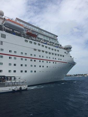 Carnival Paradise: Grand Cayman