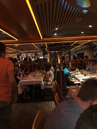 Carnival Paradise: Destiny Dining Room