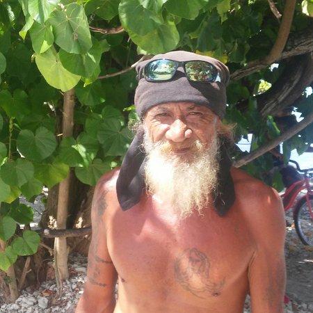 Wind Spirit: Farakova man in Tuomotu Islands