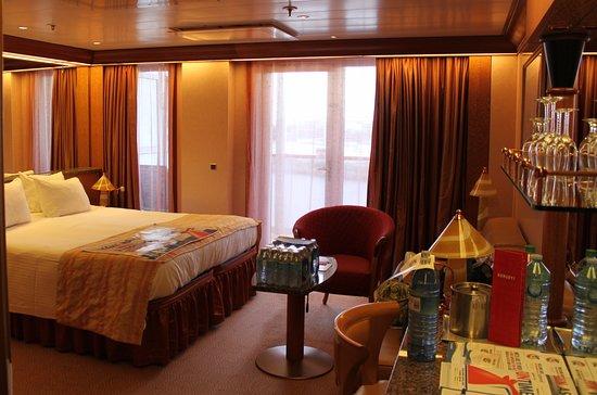 Carnival Legend Ocean Suite 6154.