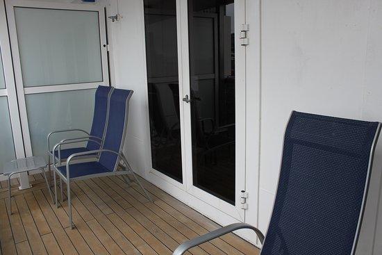 Carnival Legend Ocean Suite 615