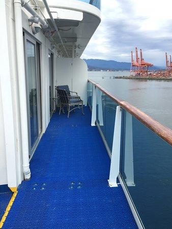Island Princess: Side deck