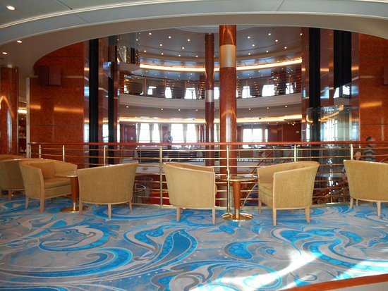 Norwegian Sun: Think is  Deck 6 or 7 but looks over the atrium