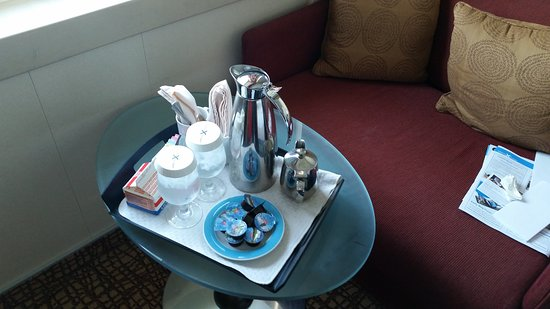 Celebrity Constellation: Room service free with drinks package 6am till midnight