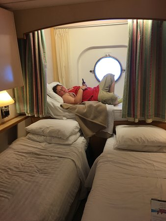 Majesty of the Seas: mattress from the pullman fit well on the port hole ledge. Perfect!