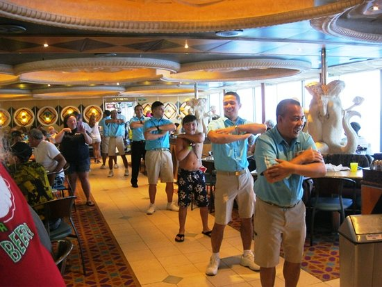 Carnival Triumph: Lido staff and passengers dancing on the last morning as we arrived in New Orleans