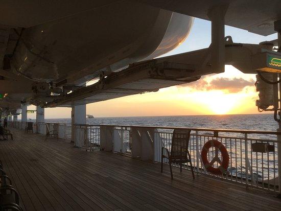 Aurora: Promenade deck