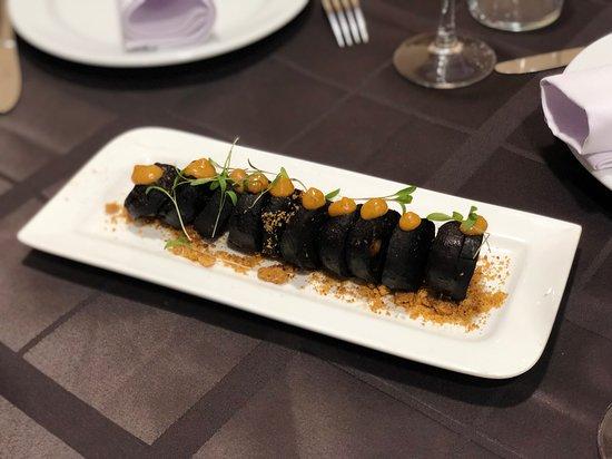 San Isidro, Spagna: Morcilla de cochino negro con mojo, gofio y millo !!!