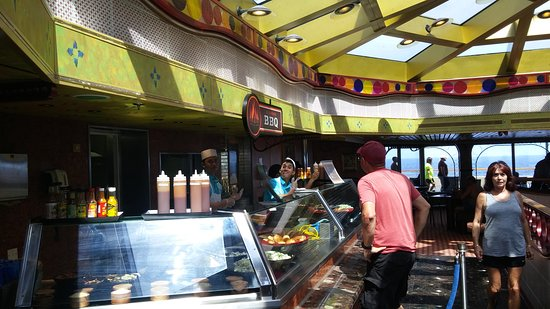 Carnival Conquest: Ol' Fashioned Barbecue -- a free eatery that has now replaced Fish'