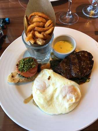 Carnival Imagination: Sea day brunch steak and eggs