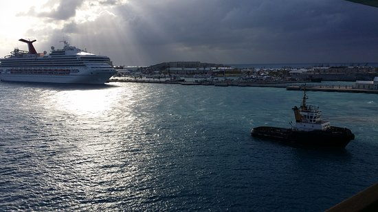 Norwegian Dawn: Pulling into port, Carnival ship