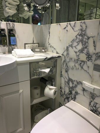 River Princess: Marble bathroom with shower