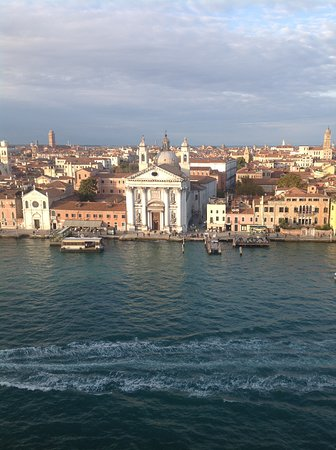 Celebrity Constellation: Sail away from Venice
