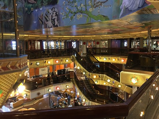 Carnival Conquest: Inner ship shopping areA