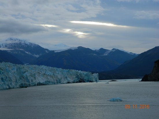 Norwegian Sun: Hubbard Glacier