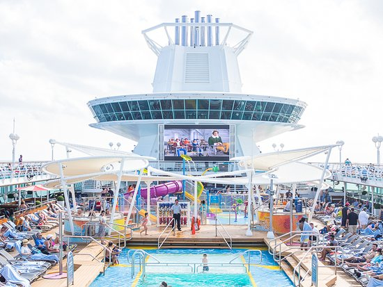 Majesty of the Seas: Watching ELF on the Big Screen