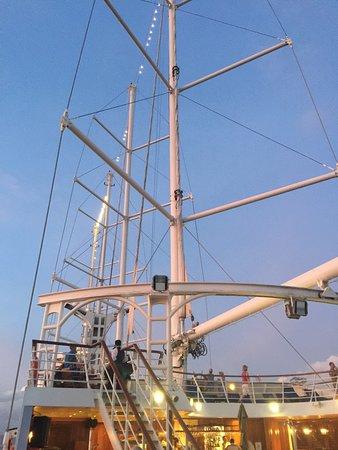Wind Star: Sail away