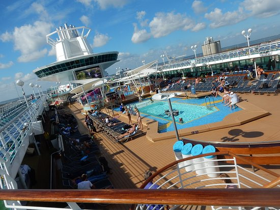 Majesty of the Seas: View of the pool deck area.