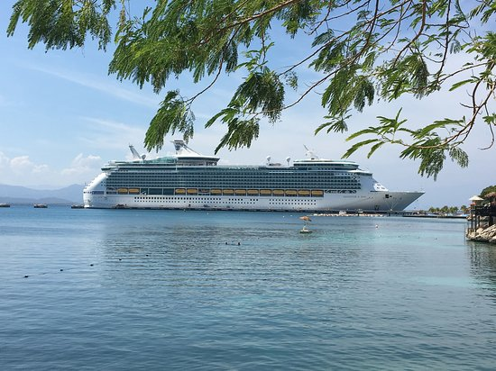 Navigator of the Seas: Labadee Haiti