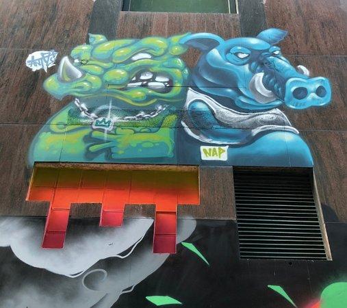 Praca de Ponte e Horta - graffiti art